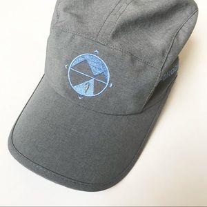 Brooks • Lightweight Hat / Ball Cap, adjustable